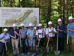 Spatenstich Gruppe Freizeitpark Ruhpolding